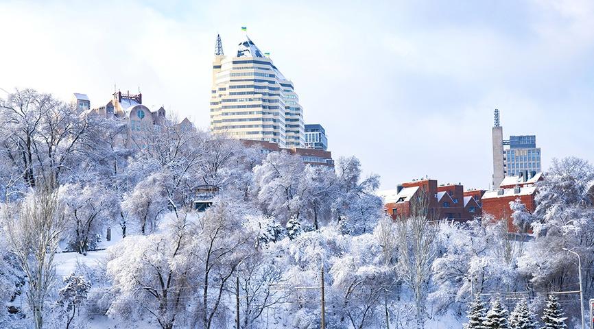 днепр в снегу